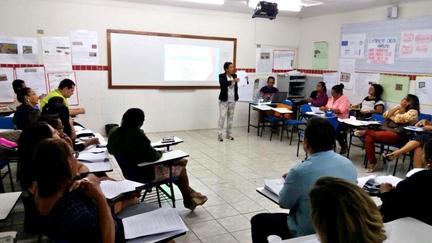 Secretaria de Educação realiza encontro com Gestores na Rede Municipal deEnsino