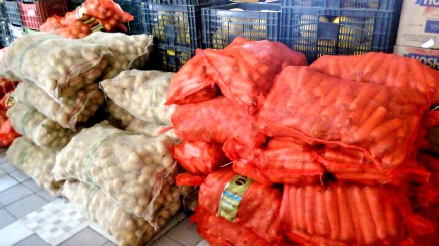 Mais de 10 toneladas de alimentos chegam às escolas domunicípio