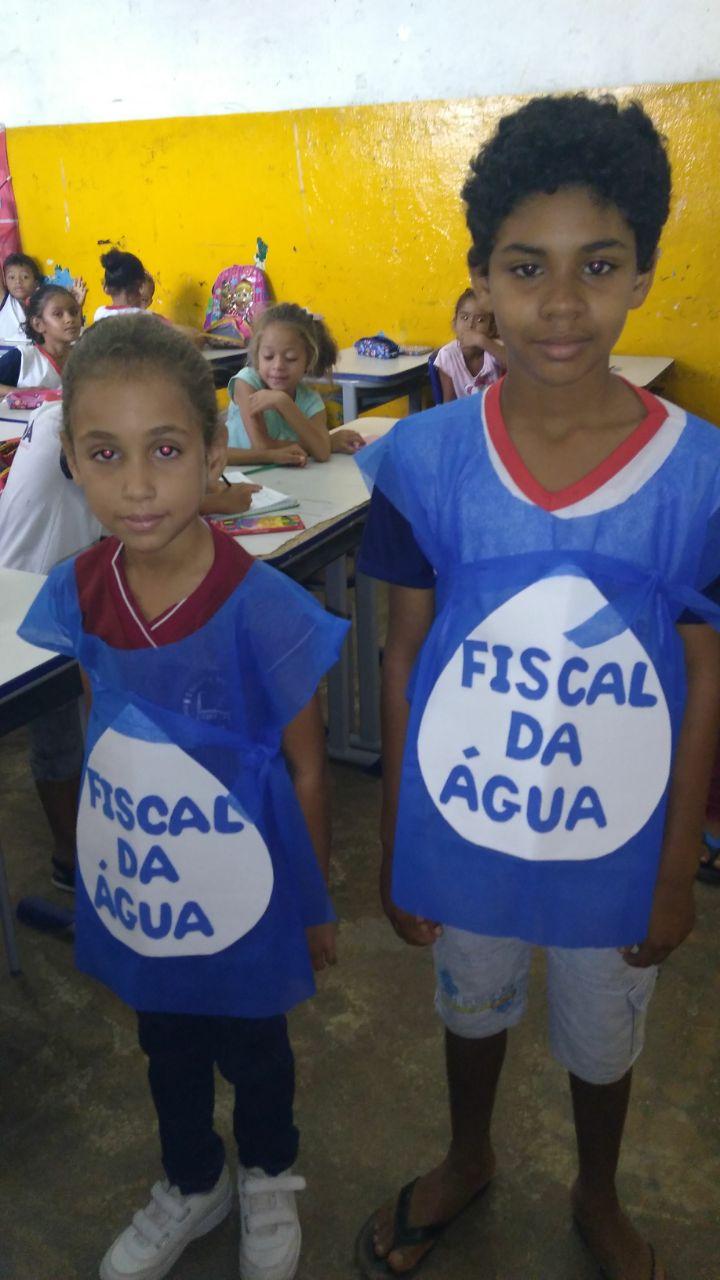 Alunos do Costa e Silva monitoram o consumo deágua