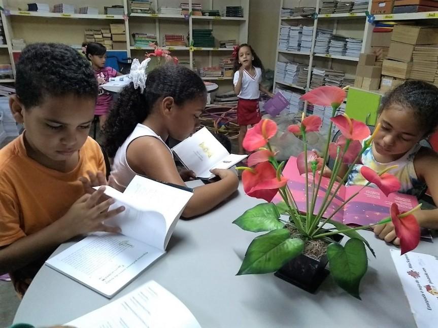 """Escolas fortalecem o """"Dia Nacional daBiblioteca"""""""