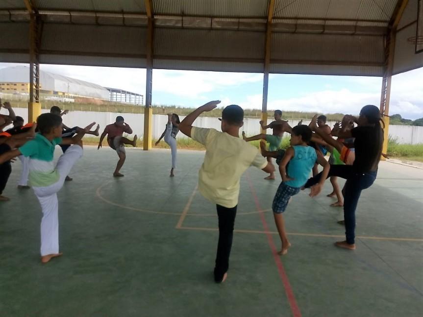 Capoeira e Jiu-jitsu no caminho dosjovens