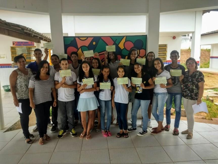 Novos alunos são premiados na Escola Municipal CíceroDias