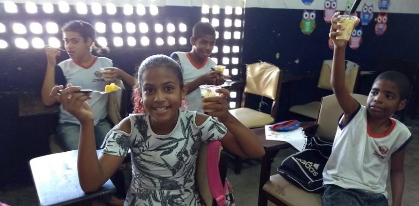 Escola Zenóbio Lins orienta para alimentaçãosaudável