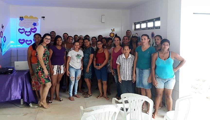 CEMEI Professora Esmeralda Reis realiza encontro com pais emães