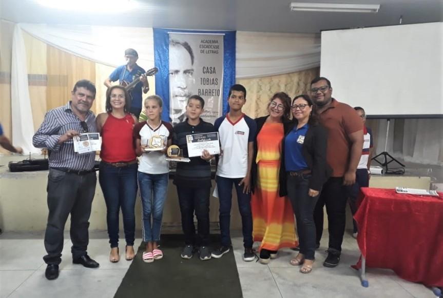 Alunos da Rede Municipal são premiados pela Academia deLetras