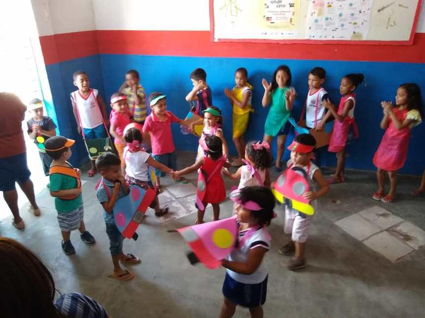 """""""Trânsito na Escola"""" visa educação das crianças e dacomunidade"""