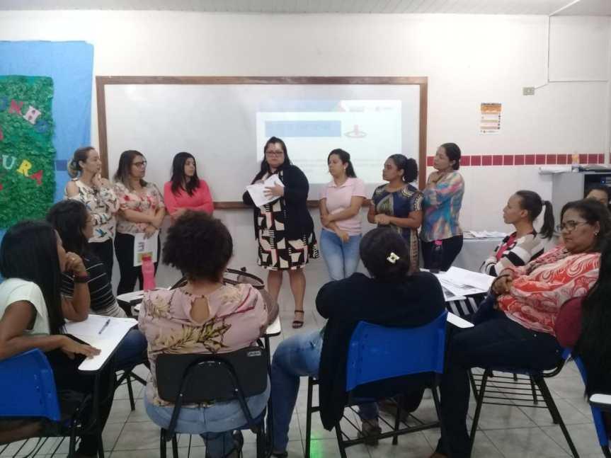 """Duas formações preparam professores para o """"Criança Alfabetizada"""""""