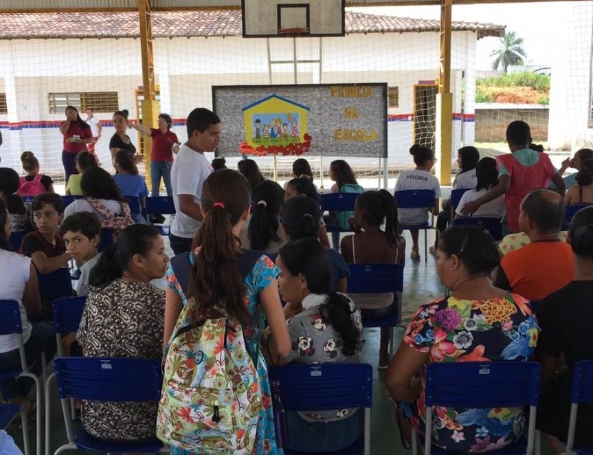 """Família na Escola"" aproxima as comunidades do ambienteescolar"