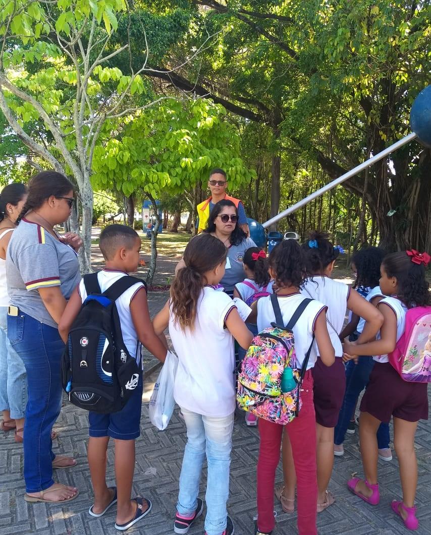 Alunos da Escola Edson Nunes conhecem o EspaçoCiência