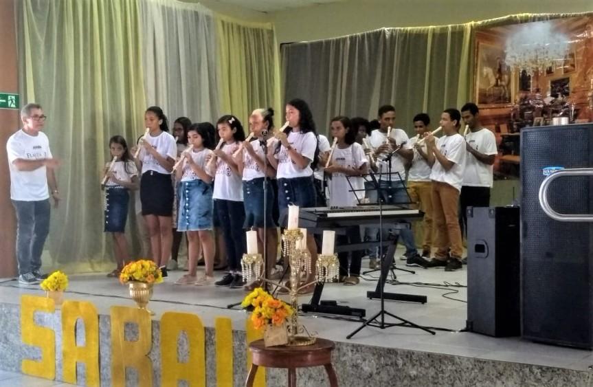 Flauta nas Escolas se apresenta em evento do SESIEscada