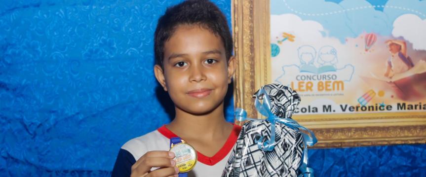 "Etapa do ""Ler Bem/Escada"" premia alunosparticipantes"